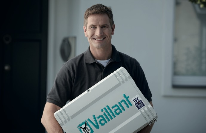 //www.vaillant.ua/media-master/global-media/vaillant/promotion/professionals/prof11-4501-00-45434-format-flex-height@690@desktop.jpg